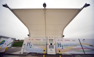Swindon's place as lead town on UK hydrogen highway boosted as 'green' fuel production starts